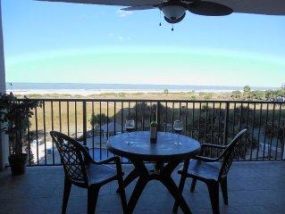 Oceanfront Getaway With Spectacular Views In Landmark Towers I