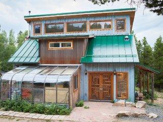 Amazing artistic home, hot tub, 15 min from Eldora ski Resort! Feb-April on sale