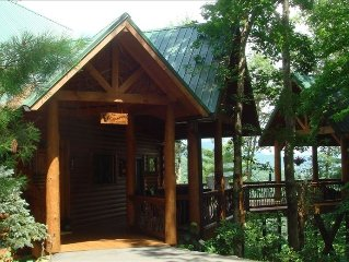 Luxury Log  Home Overlooking Smoky Mtns & Lake Glenville