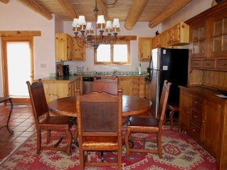 Casa Seco: Close to Town of Taos & Taos Ski Area