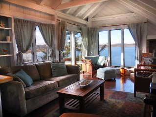 Direct Waterfront Cottage With Water Access!