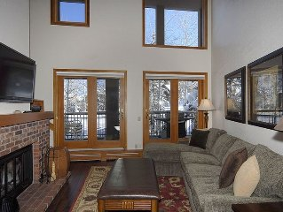 Ski in & Ski Out Beautiful Designer 2-Story, 2 BR/2.5 B Condo