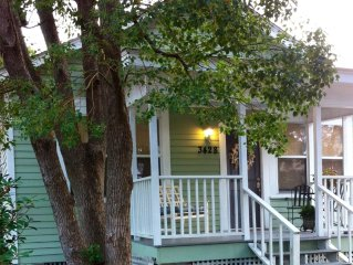 The Sea Turtle Cottage.  Quaint, historic and steps from the gulf!