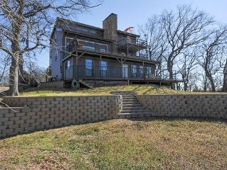 THE VIEW - Three Story Retreat with Full Panoramic View of Lake Texoma!