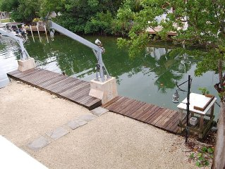 Your Best Fishing And Relaxing Experience! (2/2) Waterfront Home