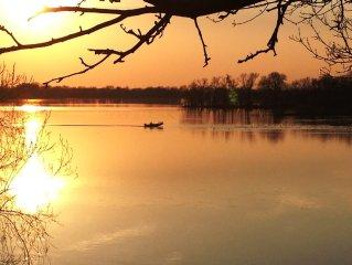 Beautiful Lake Jefferson, Elysian Just outside Mankato
