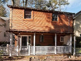 Restored Cottage With All The Modern Comforts and 14 miles for Hershey!
