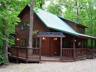 Aspen Lodge-2 Bedroom, 2 Bath, Hot tub, Pooltable, Fireplace, Playground & WIFI