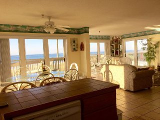 Oceanfront Pointed 3BR, 2 bath, 1st floor pointed unit next to beach and Pool