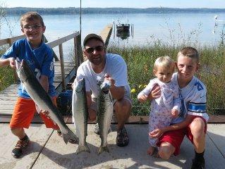 Waterfront Family-Friendly Cottage on Portage Lake, Onekama, Michigan