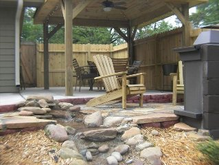 Chattanooga Movie Room, Wifi and Outdoor Entertainment Hottub