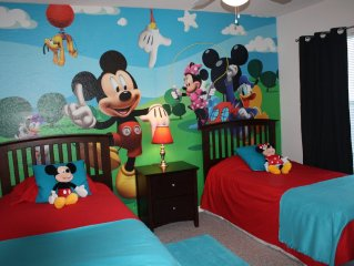 Disney Dream Home ! Mickey theme bedroom ! 140 reviews 5* and FAST REPLY