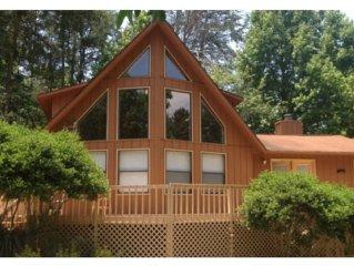 Beautiful Lake Lanier Getaway - Hall County Licensed - License #BUS-0033073