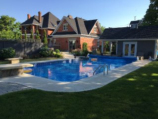 Thornbury Century Home -4 bedroom, 4 bathrooms with pool