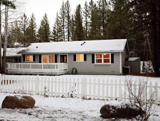 Family Friendly Home w/Large Yard Close to Northstar and downtown Truckee