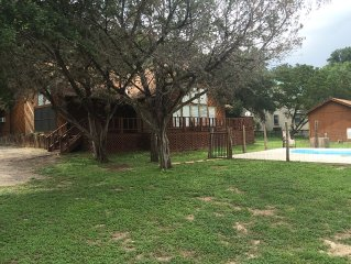 Rental House on River Road In Concan With Pool - Sleeps 18-20