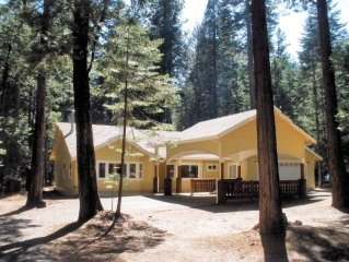 Beautiful Custom Home near Lake McCumber & Mt Lassen