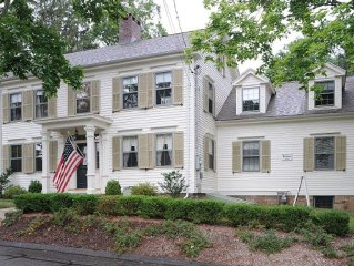 5 Star Rental!  Historic Estate/ Sleeps 10 / Water Views & Cental Air Condition