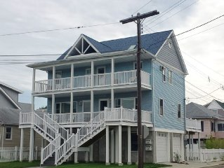 Renovated - Beautiful Water-View Beach House Near Sandy Hook