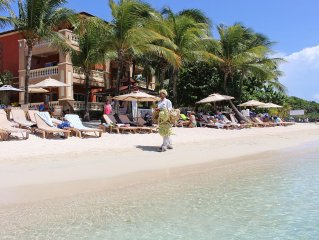 Infinity Bay Luxury 1br Condo on Beach front in West Bay.