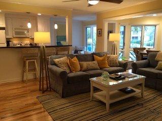 Premire Villa, Full Resort Privileges, Beautiful Lagoon View & Great Location!