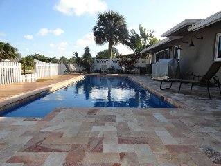 HEATED POOL•ON THE WATER•WALK TO DOWNTOWN WILTON MANORS