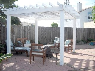 Family Beach House, Steps 2 Sand, Big Yard, Pets, Summer Avail