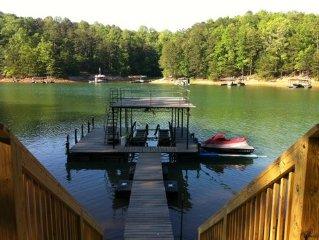 Deep Water - 81' to Lake  *WiFi* - Pets Ok,   GA 400. Exit 15, Washer/Dryer