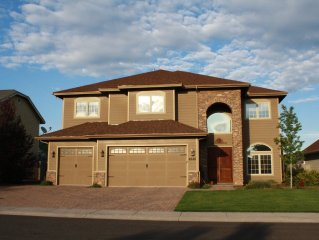Beautiful Home in Flagstaff Area. Easy drive to Sedona or Grand Canyon