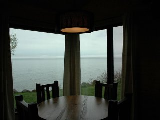 Enjoy Lake Superior, Pet Friendly, 30' From Lake Superior and Newly Remodeled!