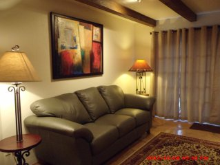 Scottsdale... Beautiful 2 Bedroom 2 1/2 Bath Resort Style Condo