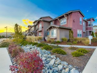 Kiley Ranch 3 Bedroom Luxury Townhome with Master Loft