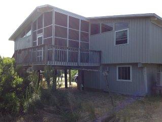 Sandbridge Beach Retreat with Great Screened Porches
