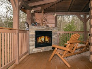 3/3 Log Cabin. Covered decks on 3  levels.  Very private.