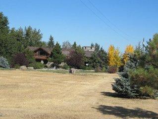 Four Seasons Log Guest House