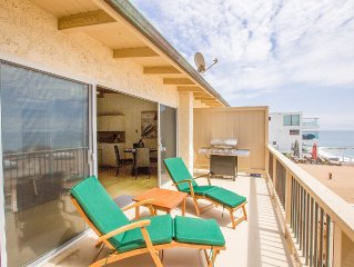 Malibu Road Classic 1 Bed / 1 Bath Beach House With Private Beach Access and BBQ
