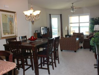 Escape to the Waters in Horse Shoe Bay! Luxurious lake front condo with balcony