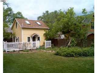 Authentic Two-Story Carriage House in Old Town Fort Collins