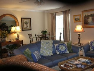BEAUTIFUL DESIGNER CONDO....SLEEPS FAMILIES OF 10! ..Reserve Spring dates now!!!