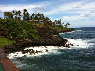 AC OCEANFRONT CONDO, NOTHING BUT OCEAN AND TURTLES,Poipu