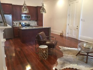Modern &historic 3/3 w/courtyard! 1 street from  St Charles streetcar!