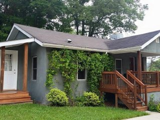 Cozy Remodeled 1950's Cottage In West Asheville