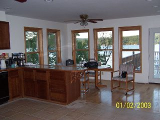 Family rental Five bedroom house on the water