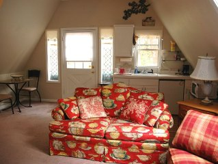 Cozy Cottage Studio Available For Monthly Rental