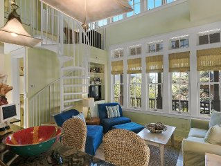 Whimsical Getaway Retreat in Rosemary Beach, Steps to the Beach and Town Center