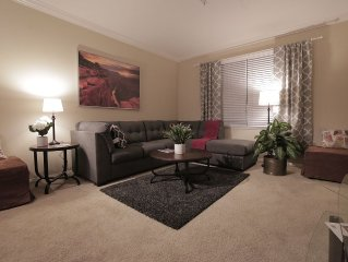 Amazing amenities - Private 2 bed, 2 bath that sleeps 8