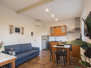 Modern Apartment 2km From City Centre out of No traffic Area - Parking Included