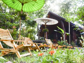 Charming House In A Villa - Chiangmai Homestay