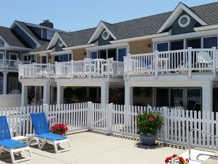 Beautifully renovated Ocean Front Condo Sleeps 2