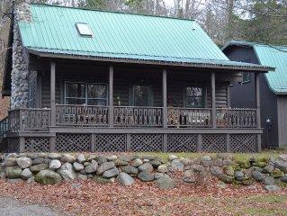 Quaint Harbor Springs Log Home With Lake Michigan Beach Access